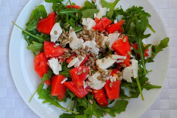 salatka-z-arbuzem-i-serem feta